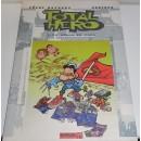 Total Hero. 1. Un héroe en casa