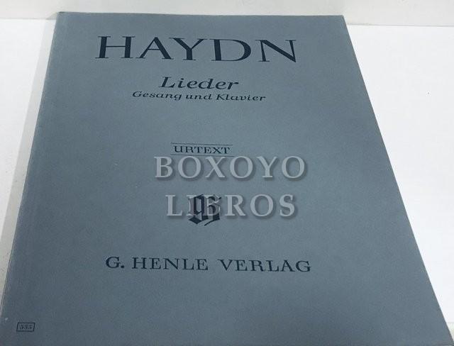 Lieder für eine singstimme mit blegeitung des klaviers. Nach autographen, abschriften und den erstausgaben herausgegeben von Paul Mies, Marianne Helms
